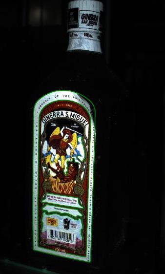 Flasche Ginebra S Miguel